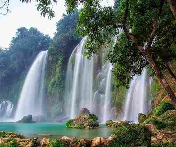 Thác nước nổi tiếng Việt Nam