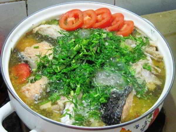 Công thức nấu canh cá cho bữa ăn hấp dẫn thơm ngon đậm vị
