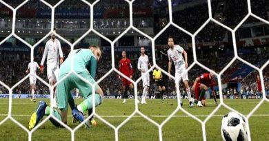 Ronaldo là lý do khiến De Gea liên tục mắc lỗi ở MU