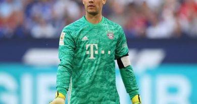 Tin thể thao tối 23/10: Neuer cán mốc 200 trận sạch lưới với Bayern Munich